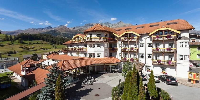 Gutschein für Ihr Wanderurlaub in einem der traditionsreichsten Hotels in Nauders zum halben Preis! von Hotel Post ****